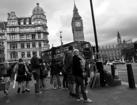 After the rain and the Diamond Jubilee picnics in London